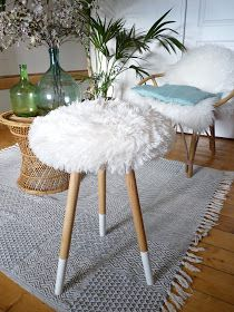 diy le tabouret moumoute tabouret fourrure tabouret tripode d co pinterest bricolage. Black Bedroom Furniture Sets. Home Design Ideas