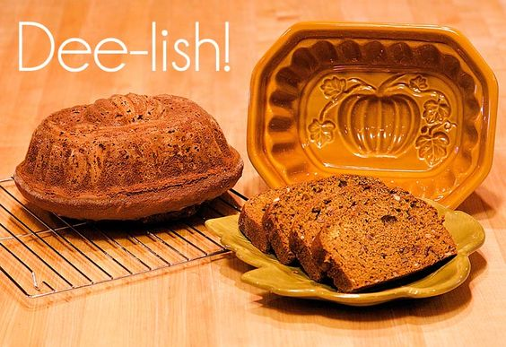 Pumpkin bread, Spicy and Breads on Pinterest