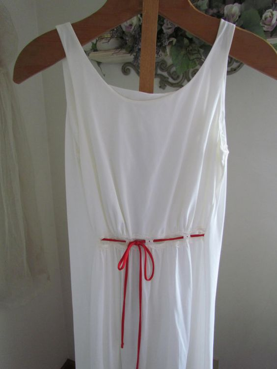 White Sleeveless Greek Goddess nightgown---but it doesn't have to be, made with a linen or silk/linen blend, and excellent, and cool goddess dress.