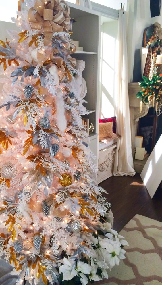 The White flocked tree. If you look closely you will see we were still working on the set!