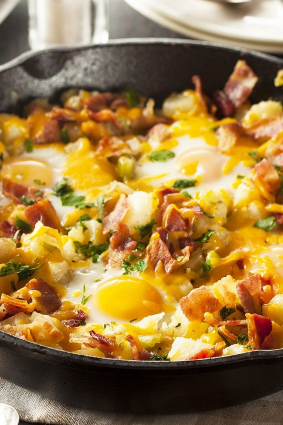Bacon, Egg, and Potato Breakfast Skillet Recipe ...