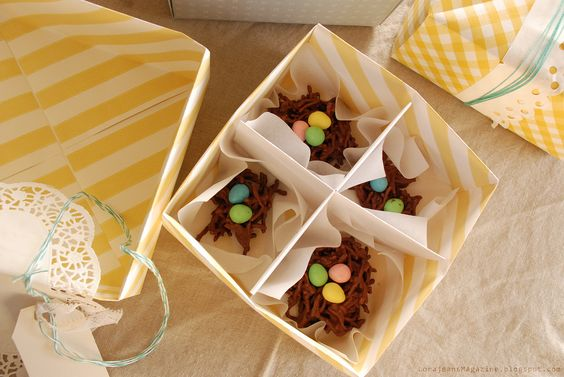 package Easter treats in origami boxes made from wallpaper !
