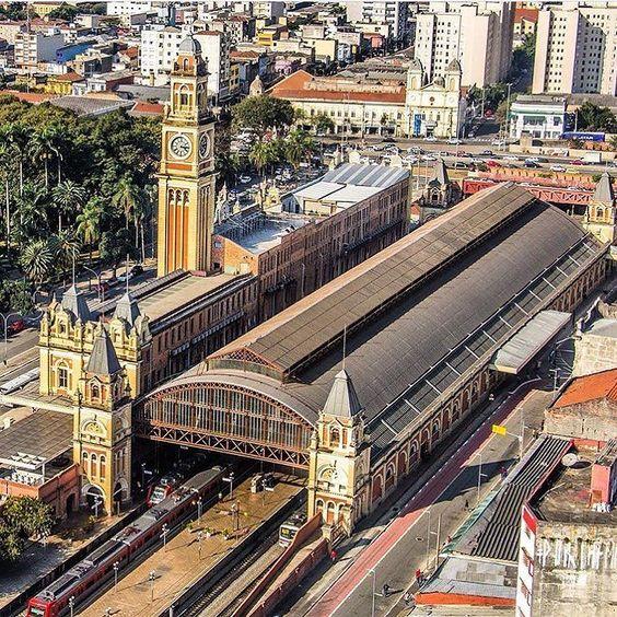 Estação da Luz by @rafaelestevamlopes  #saopaulocity @estacaodaluz