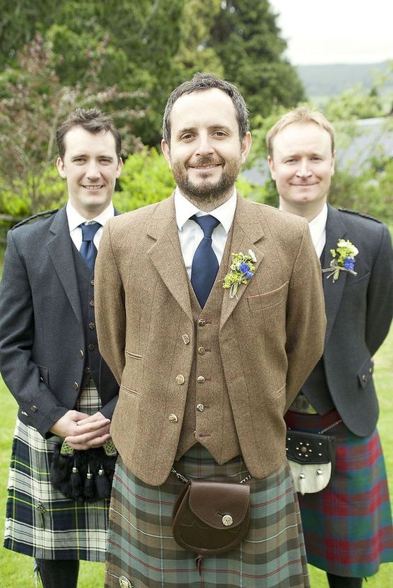 scottish wedding. reminds me of my cousin's wedding in glasgow! miss it there!