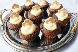 Briose cu budinca de vanilie - Culinar.ro