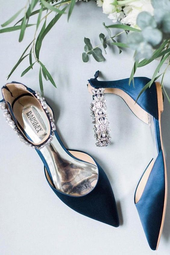 27 Flat Wedding Shoes For Lovers Of Comfort & Style | Wedding Forward
