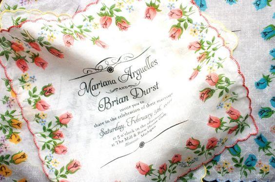 Invitation sur un mouchoir en tissu. #handkerchief #invitation