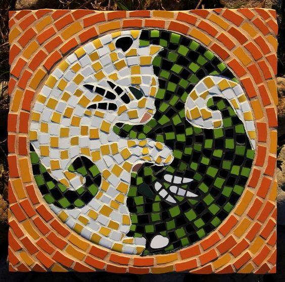 """Mosaic hot plate """"Yin & Yang cats"""" Estonia 2014 25 x 25 cm"""
