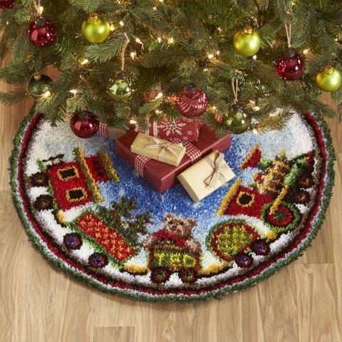 Herrschners Holiday Wreath Tree Skirt Latch Hook Kit