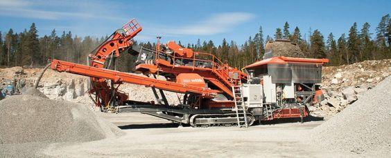 Sandvik UH450E crusher at #Steinexpo!