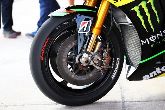 Now every rider will be able to select from three different front tyres. In addition to this, riders will also be able to use 10 front slicks in each race instead of nine. Readmore http://bit.ly/1iUvNIc