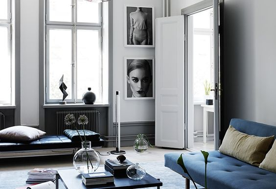 DECOR - BLACK AND BLUE APARTMENT - BUYER & BRAND