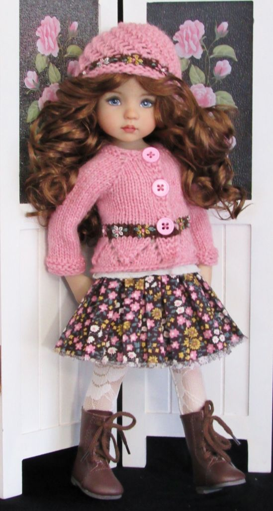 Handknit sweater and skirt set made for Effner little darling dolls.: