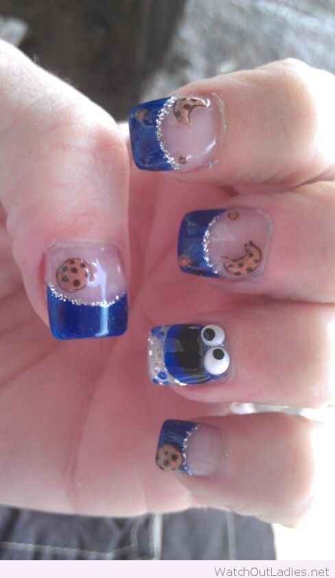 Cookie monster manicure
