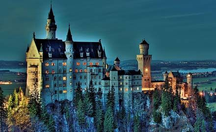 Neuschwanstein. Ahh I've been there :D