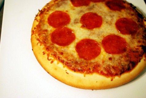 The Perfect Replica - Pizza Hut Pan Pizza Pizza Pie, Pan Pizza, Pizza ...