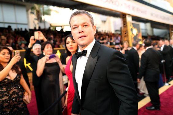 Pin for Later: Die besten Fotos der Oscars sind entstanden, wenn die Stars mal nicht gezwungen posieren Matt Damon