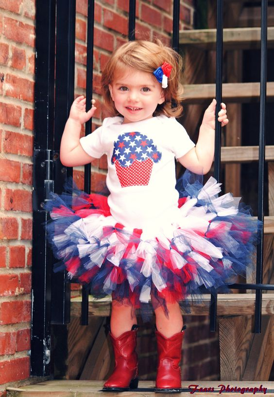 Red, White, and Blue Fourth of JULY Cupcake and Pettitutu Outfit. $40.00, via Etsy.