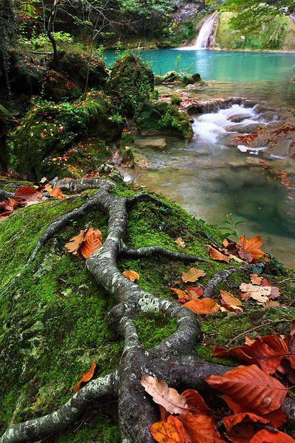 Cascada del Nacedero Río Urederra  Navarra