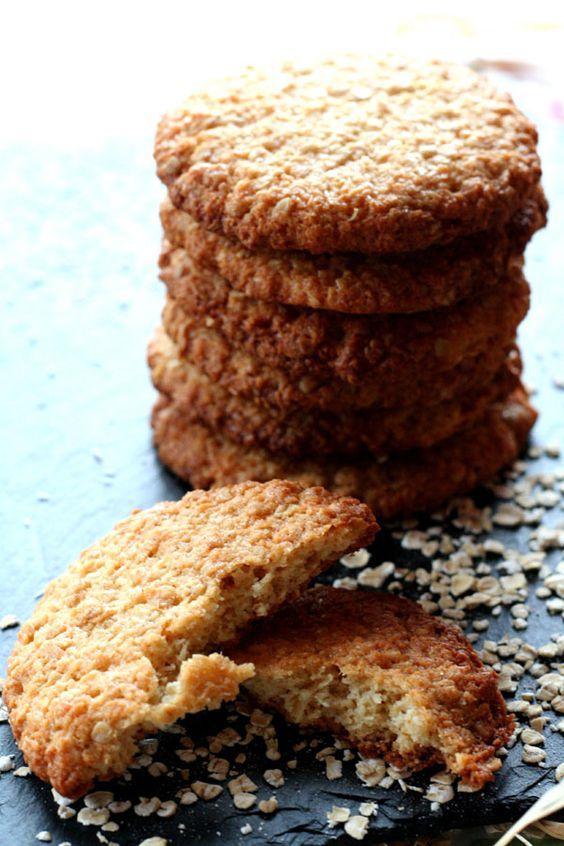 ANZAC (biscuits australiens aux flocons d'avoine et à la noix de coco, célèbres depuis la première guerre mondiale)