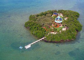 Após crise, ilhas à venda têm descontos de até 50%; veja 5 delas