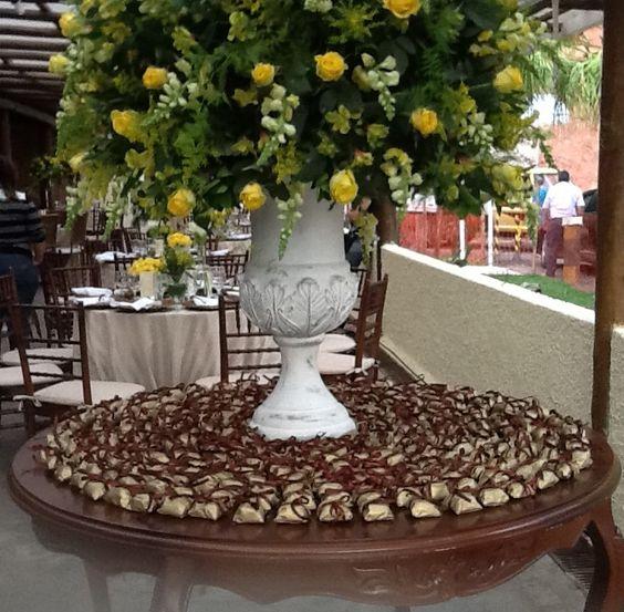 Mesa de bem casados by Glacê