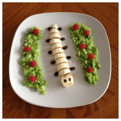 Vejam ideias de pratos com frutas que seu filho vai amar! Pratinhos divertidos como esse s?o grandes estímulos para a criançada comer melhor!