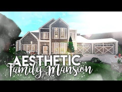 Roblox Bloxburg Aesthetic Family Mansion House Build Youtube House Layouts Building A House Unique House Design
