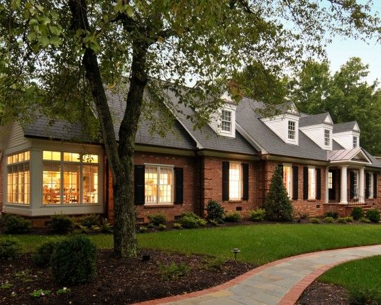 Best Brick Ranch House Black Shingles Design Pictures Remodel 640 x 480