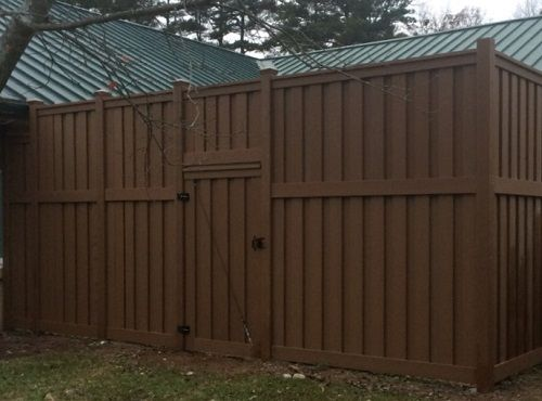 Pin By Trex Fencing Fds Fence Distr On Trex Fencing Big Small Vinyl Fence Fence Old Fences