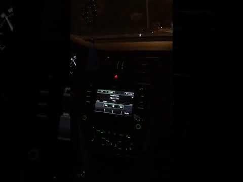 Yan Koltuk Demet Akalin Aglar O Deli Youtube Luks Arabalar Gece Gezmesi Araba