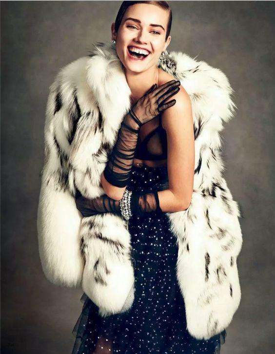 Vogue Japão Janeiro 2015 | Jac Jagaciak por Andreas Sjödin [Editorial]: