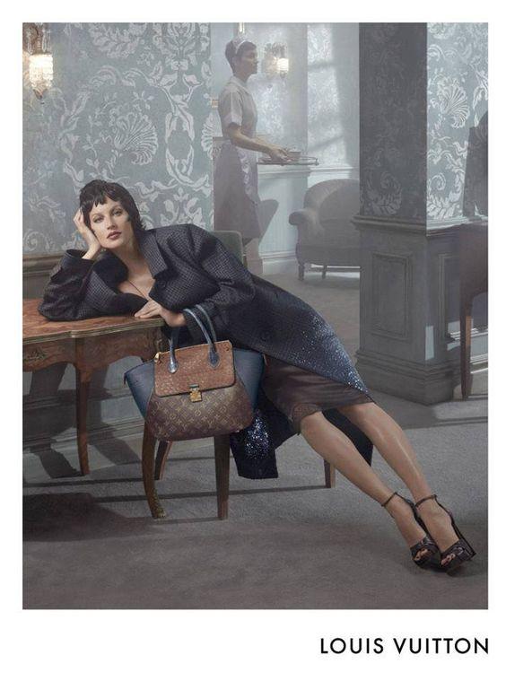LOUIS VUITTON automne-hiver 2013-2014 ad campaigns  Models: Gisele Bündchen, Isabeli Fontana, Karen Elson & Carolyn Murphy  Photographer: Steven Meisel