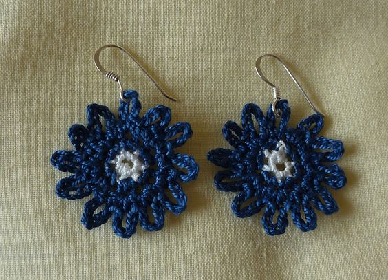 Ravelry: Bonny Blue Earrings pattern by Janet McMahon