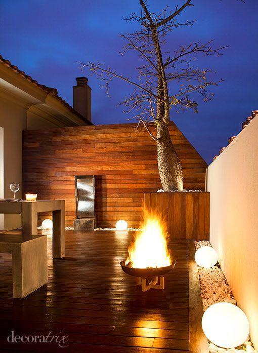 terraza decorada con muebles de madera http://patriciaalberca.blogspot.com.es/