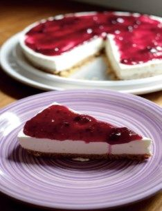 Encomendar um bolo é uma experiência diferente que dá trabalho e nos obriga a esperar.: