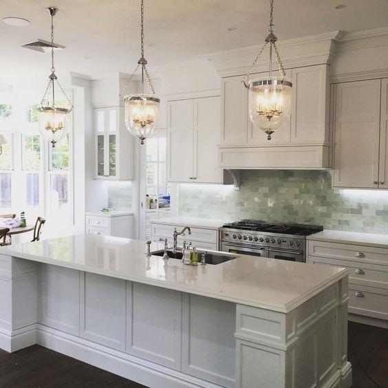 That Hamptons style. Kitchen by @stevesjoinery #illawarra #hamptons…: