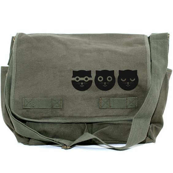 CLEARANCE ! Messenger Bag: Three Musketeers Watson the Cat (Men ...