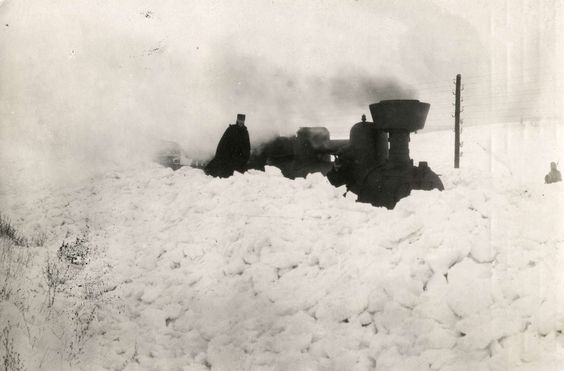 Locomotive stuck in snow. Easter Galicia, 1916
