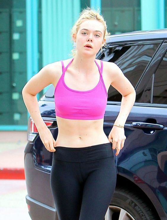 Elle Fanning again... just because