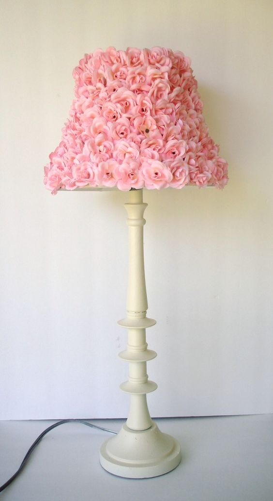 chic girls pink rosette lamp shade girls lamp shades. Black Bedroom Furniture Sets. Home Design Ideas