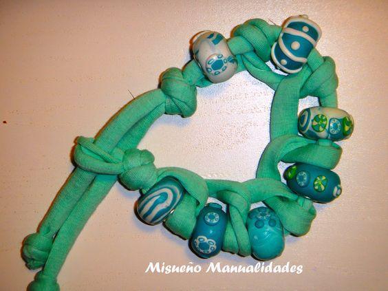 Pulsera de trapillo verde agua con cuentas de Fimo tipo beads.  www.misuenyo.com / www.misuenyo.es