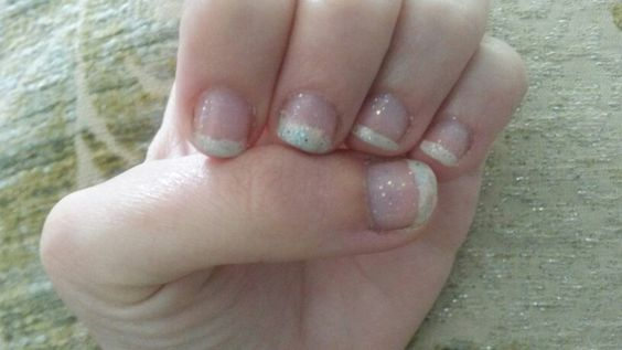 Sparkle french manicure on short nails