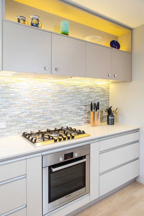 Kitchen 559 By Sally Steer Design Wellington New Zealand Aluminium Strip Handles With Knobs On