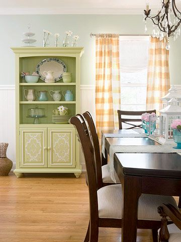 A Garden-Inspired Living Room Makeover