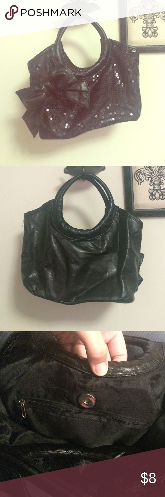 Adorable mini black purse w/ bow!🎀 Sequins covering the front with a cute bow to the side!🎀❤️ in great condition hardly ever been used!😊👍🏻 Bags Mini Bags