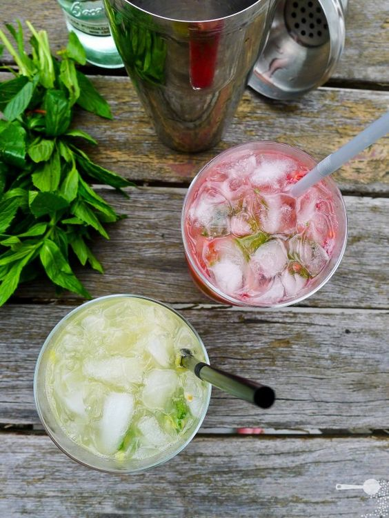 summer fruit mojitos (lychee & passion fruit)