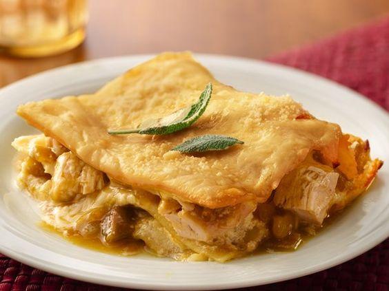 Chicken lasagna, Chile and Lasagna on Pinterest