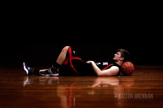 @Melissa Dalton Brennan photography. senior basketball picture