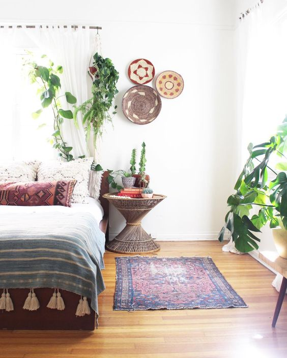 Bohemian Decor bedroom style: